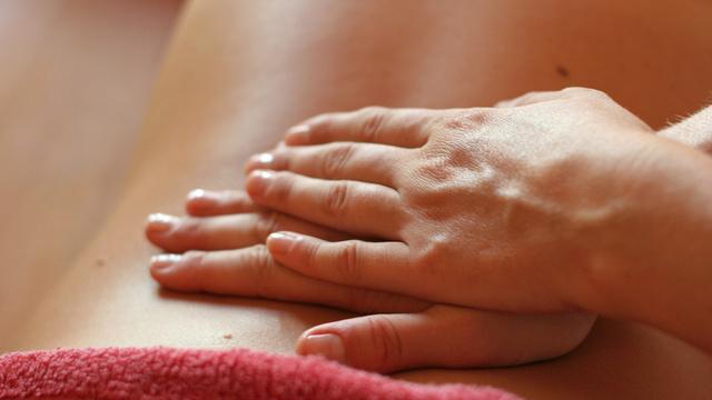 Un massage successif ou simultané