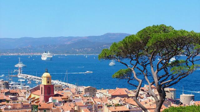 Saint-Tropez et son célèbre clocher
