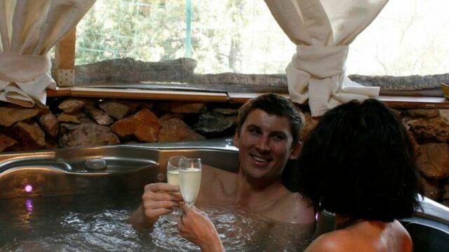 Relaxez-vous dans le bain bouillonnant